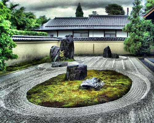 While Ryogen In May Not Be As Popular Amongst Tourists As The Zuiho In  Temple, Its Gardens Are Equally As Beautiful.